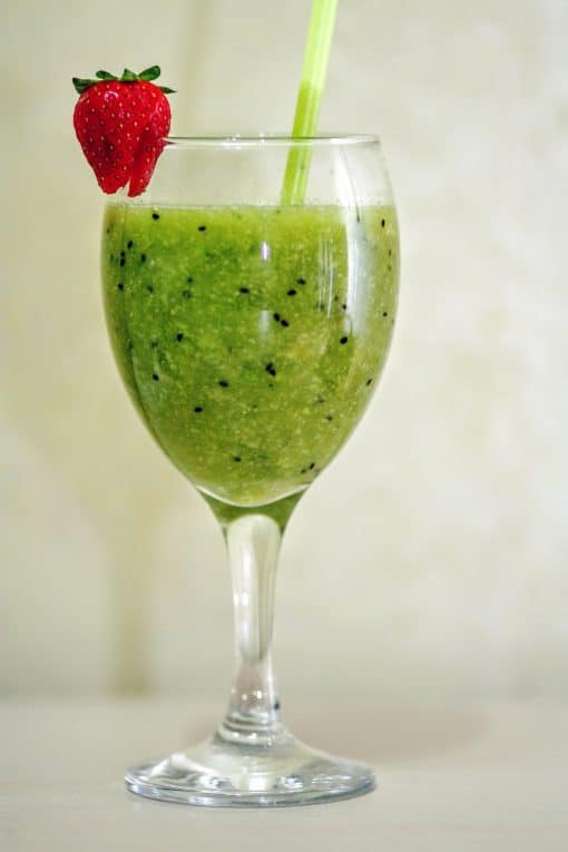 My Absolute Favorite Green Protein Smoothie Recipe